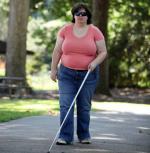 Ảnh hưởng của bệnh rối loạn nhận dạng toàn vẹn cơ thể (BIID) với đời sống cô gái tự hủy mắt