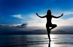 Rời khỏi cơn đau dạ dày với bài tập yoga