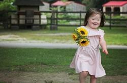 Bố mẹ phát hiện con mắc phải hội chứng down bằng cách nào?