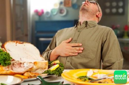 Ăn no sẽ khiến xơ cứng động mạch não, não lão hóa sớm và suy sụp tinh thần