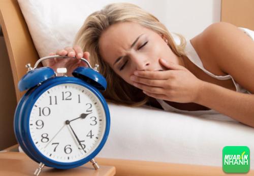 Thường xuyên không ngủ đủ giấc làm đẩy nhanh sự suy giảm của các tế bào não