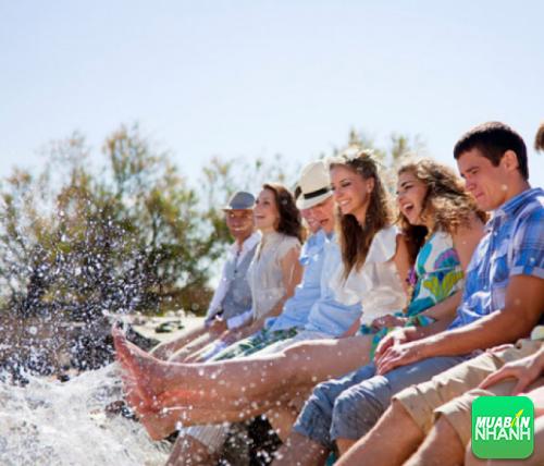 Tình cảm bạn bè sẽ khiến cuộc sống của bạn trở nên thú vị và ý nghĩa