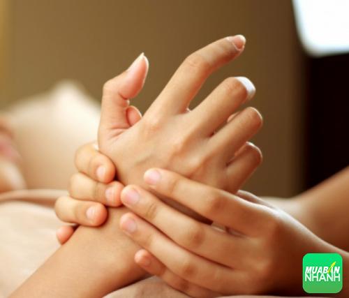 Xoa bóp cơ thể, bấm huyệt giúp giải tỏa căng thẳng từ cơ thể