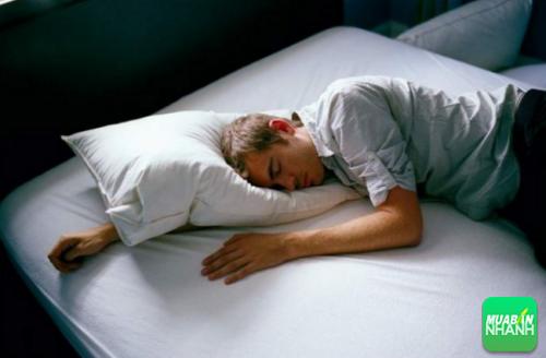 Ngủ nhiều không hề tốt mà nó còn tăng nguy cơ mắc phải bệnh tật