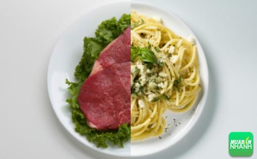 Bạn có thể nhận được lợi ích kết hợp của cả hai chế độ ăn low-carb và high-carb