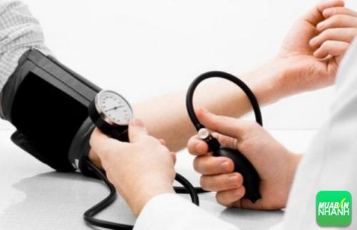 Đa số người trẻ cho rằng cao huyết áp chỉ là biểu hiện bình thường của cơ thể