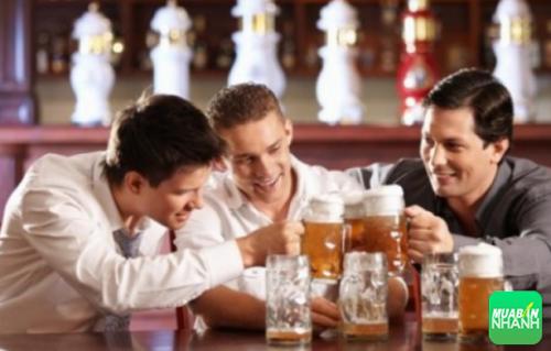 Tắm sau khi uống bia rượu có thể gây vỡ mạch máu và tử vong