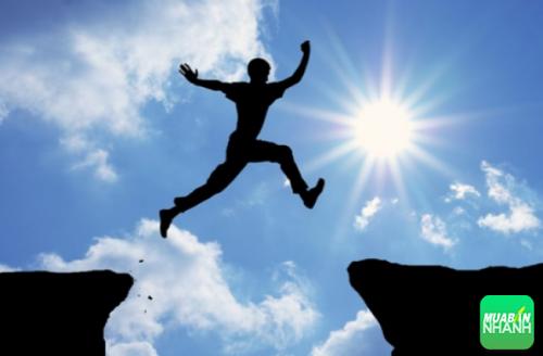 Người thành công phải biết đối diện với thách thức và vượt qua nó.
