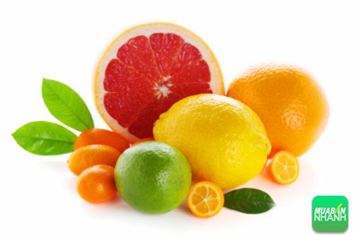 Vitamin C giúp loại bỏ chất độc hại trong cơ thể con người
