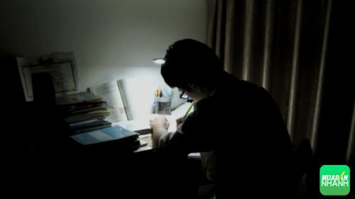 Vì học tập và làm việc khiến nhiều người không thể tránh khỏi những buổi học và làm qua đêm.