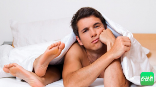 Bệnh sùi mào gà chủ yếu lây lan qua đường tình dục.
