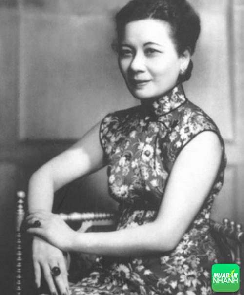 Tống Mỹ Linh được cả thế giới ngưỡng mộ bởi nhan sắc và sức khỏe.