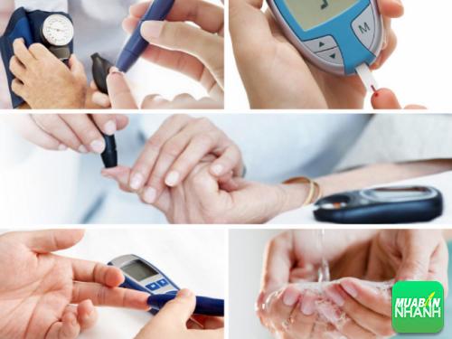Sử dụng máy đo đường huyết đúng cách để có kết quả đúng.